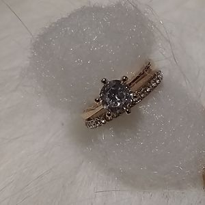 NWT rosegold crown solitaire ring with bridal band
